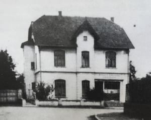 Haus Büscher - Geschäftsstelle der Spar- und Darlehnskasse Hagen (Quelle: Festschrift 100 Jahre VB GMHütte-Hagen, 1994, S. 36)